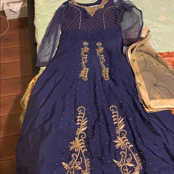Dresses & Skirts - Dark Blue Long Dress Golden Eetailing